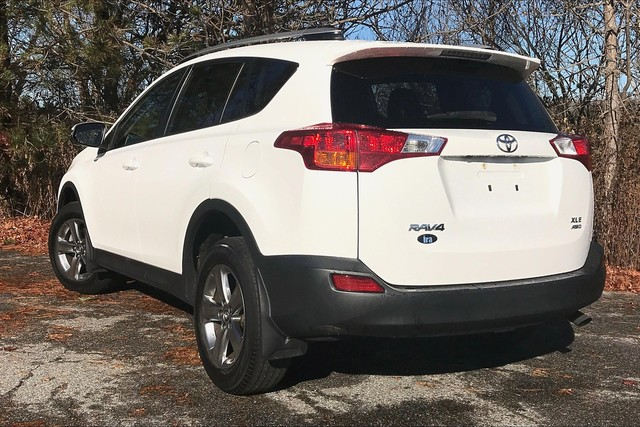 Certified Pre-Owned 2015 Toyota RAV4 XLE**TOYOTA CERTIFIED!!**